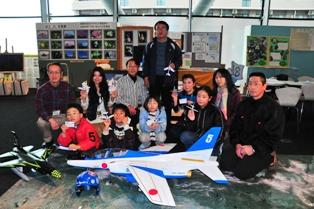 1紙飛行機集合写真.JPG